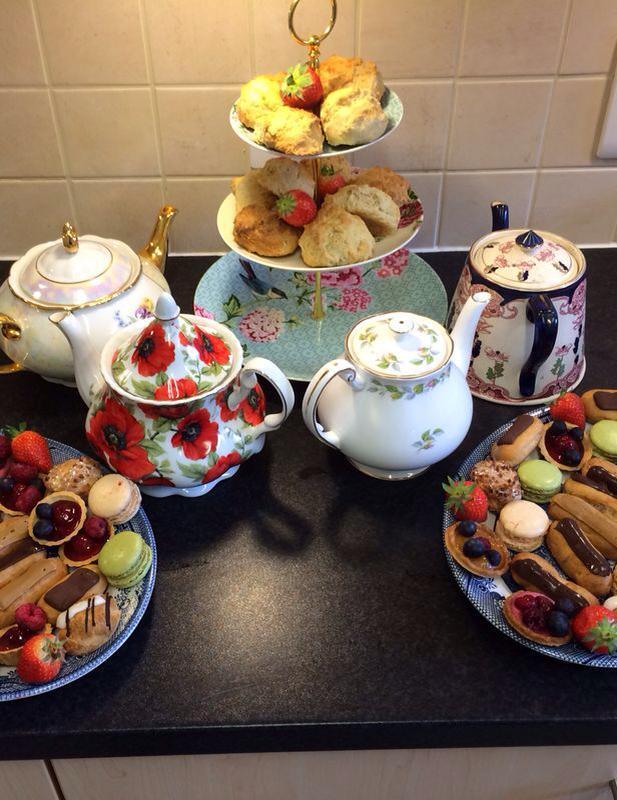 vintage tea party - tea pots